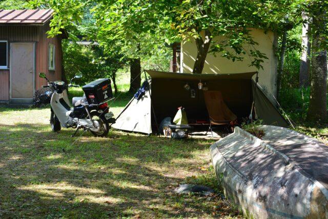 西湖自由キャンプ場でソロキャンプ。ソロベースを設営