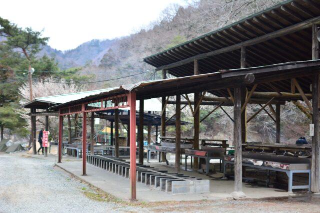 青根キャンプ場炊事場