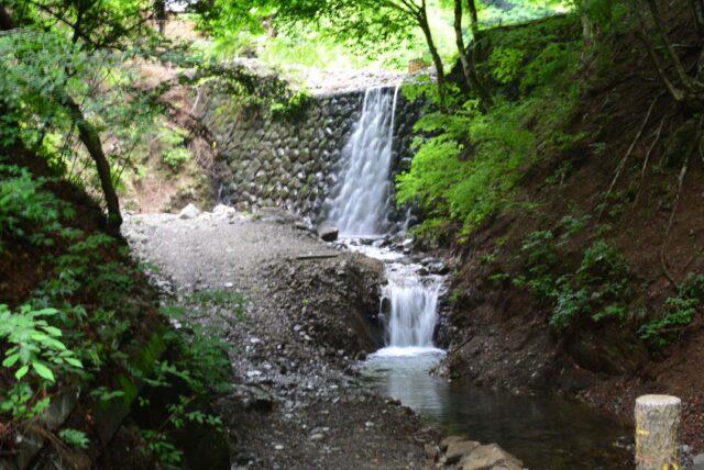 玉川キャンプ村の滝、おすすめサイト