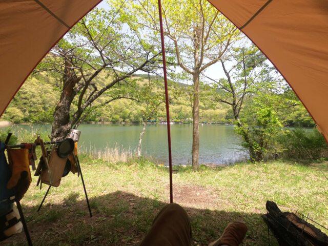 四尾連湖キャンプ場でソロキャンプ